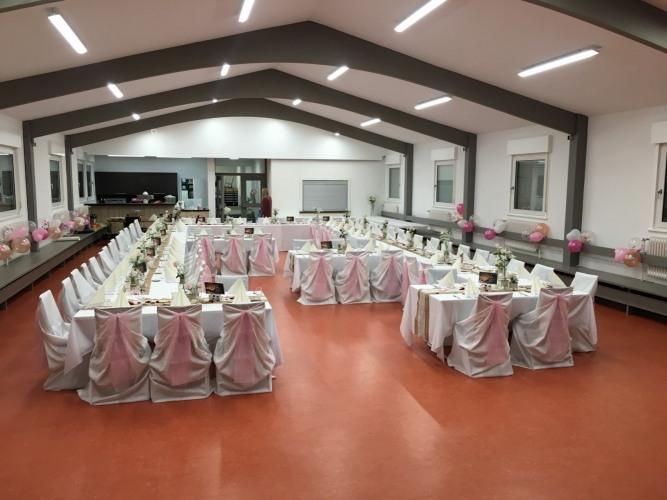 Großer Saal - Hochzeitsdekoration