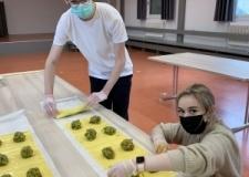 Herstellung der vegetarischen Maultaschen