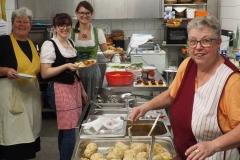 Das Küchenteam (Foto: Manfred Müller)
