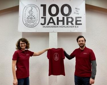 Neue Polo Shirts für die Musiker des großen Orchesters
